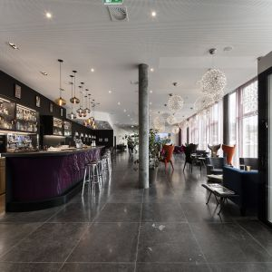 http://www.hotelmoderntimes.com/application/files/thumbnails/thumb_list_2x/7814/7505/1675/133_web.jpg